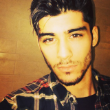 SELFIE ALERT: Zayn Malik Has Made His Instagram Account Public