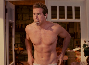 17 Gifs of Ryan Reynolds That Will Make Your Crotch Tingle