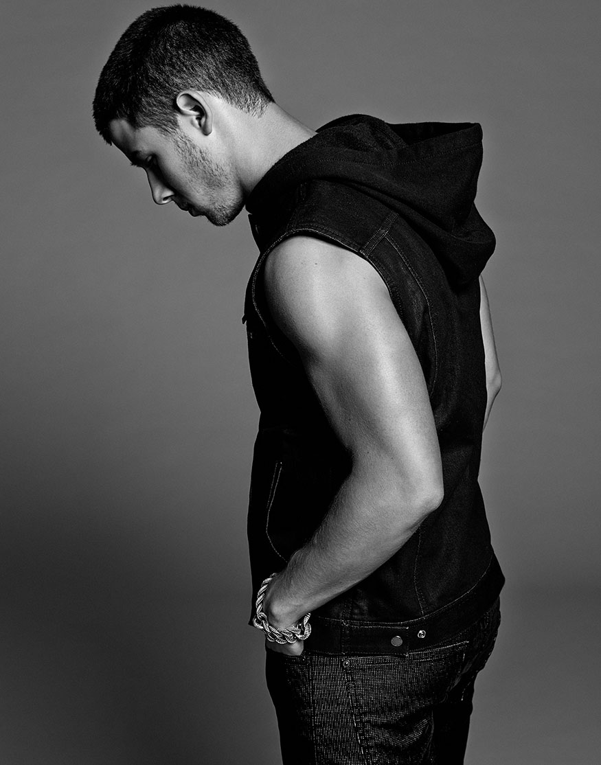 Nick Jonas Flaunt10