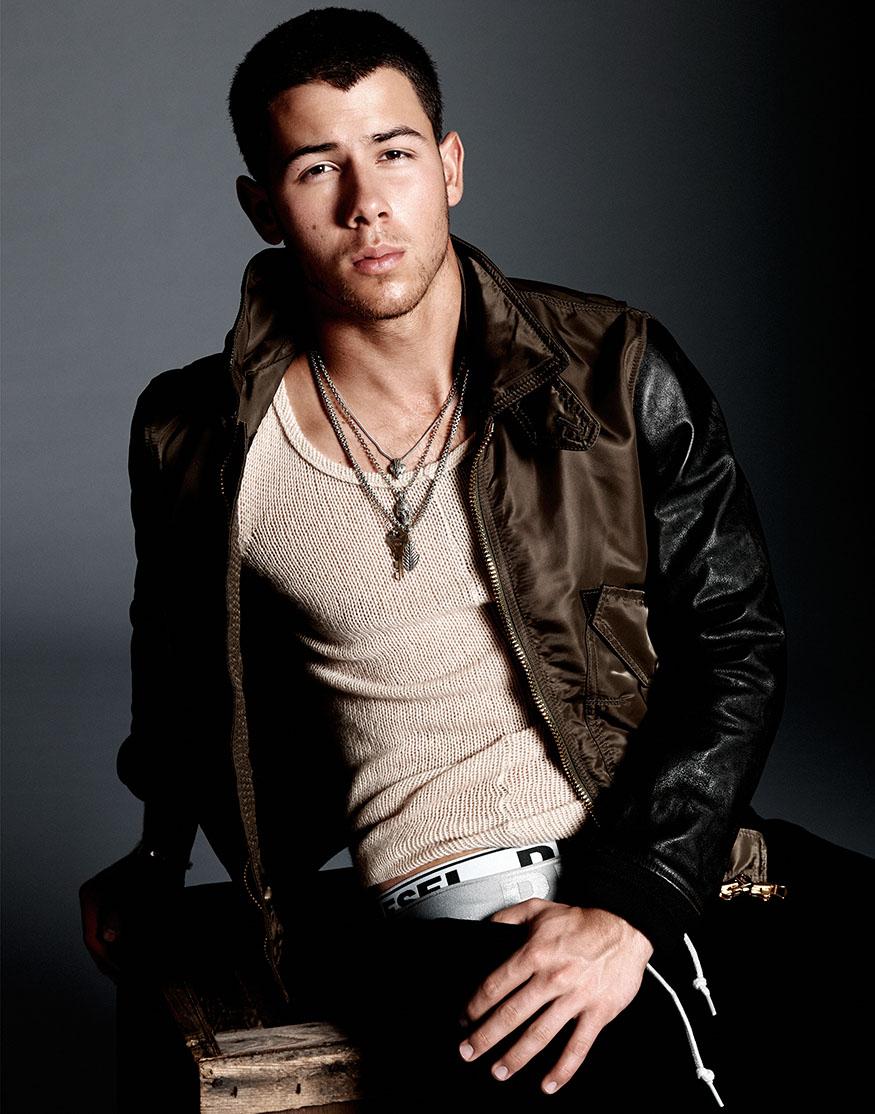 Nick Jonas Flaunt3